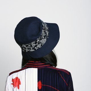 JOJA│ lady hat / dark blue x white flowers