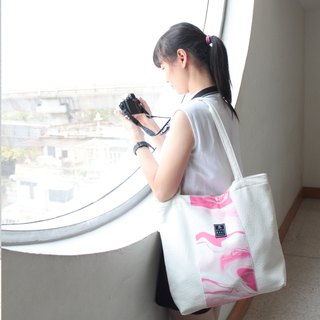 Marble pink striped shoulder bag