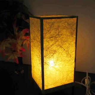The warmth of a coarse Japanese paper is the real thrill of a dream lighting decoration stand!