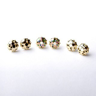 Round polka dot earrings, Polka dot stud earrings