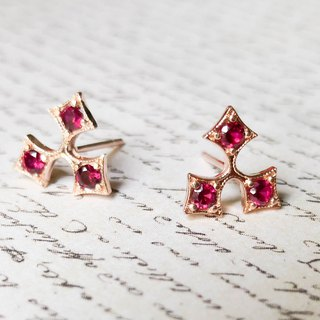 Holly Leaf Earrings - Ruby Rose Gold