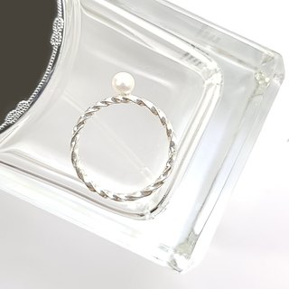 [ColorDay] Rotate the sterling silver natural pearl ring / Pearl / パ ー ル