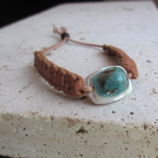 Night light shell leather bracelet