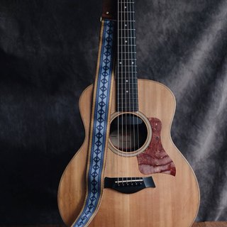 Blue Retro Guitar Strap