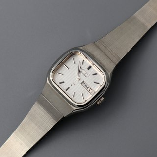 SEIKO Showa Premium Quartz Antique Watch