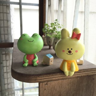 Corn rabbit and frog sister doll