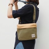 PiP BAG ( Traveller Bag ) : Green x Honey