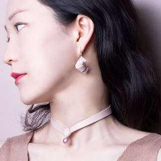 YUNSUO-original design-Pink leather pearl earrings bow ear clip