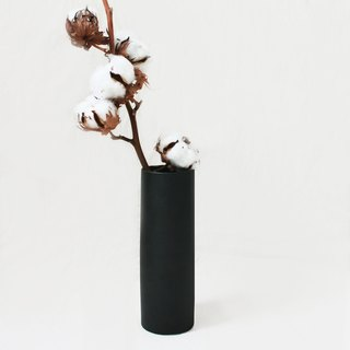 Simple Scandinavian style flowers - Straight Cylinder M (matte black)