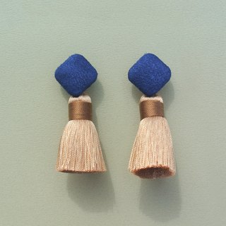 Navy suede square button / camel tassel earrings
