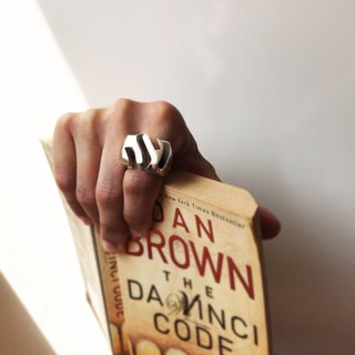 mittag RG804 super m ring_ super m ring 925 sterling silver designer hand made with the brand wood jewelry box,