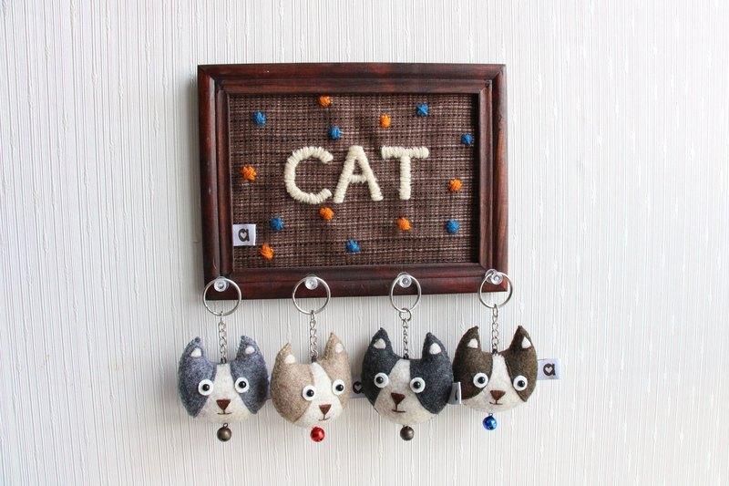 小展覽 糰子小貓 牛角 手縫吊飾鑰匙圈│abbiesee