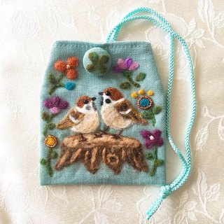 amulet bag of sparrow family