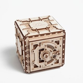 /Ugears/ Ukrainian wooden model safe Safe