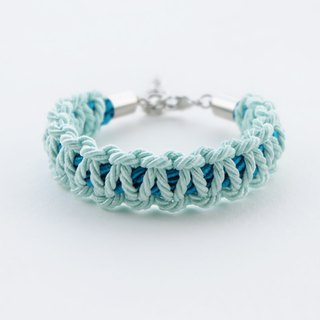 Light mint / Peacock blue macrame bracelet