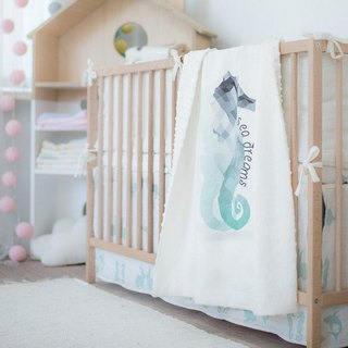 Linen quilt with sea horse print