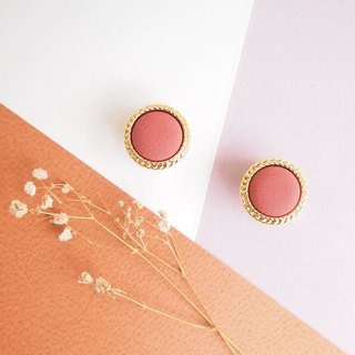 Hepburn vintage earrings // coral orange
