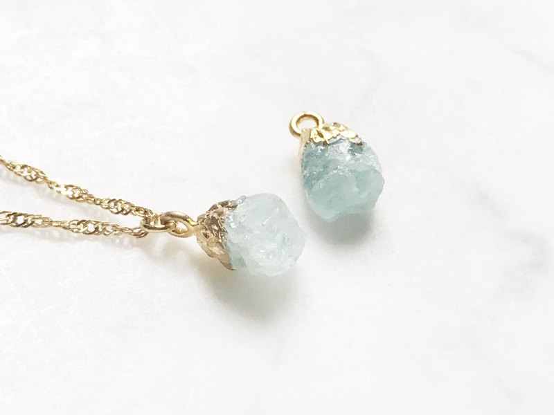 ::Gold Mine Series :: Aquamarine Clavicle Necklace