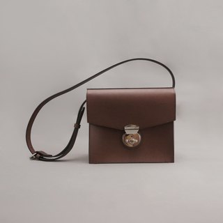 Austen Austin leather side bag retro bag / brown vegetable tanned leather / handmade bag