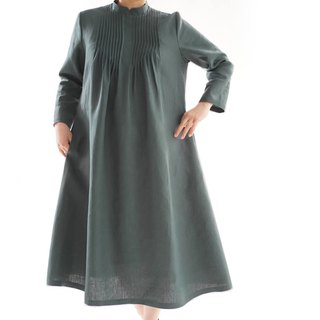linen dress / pin tuck / stand collar / color:laurus