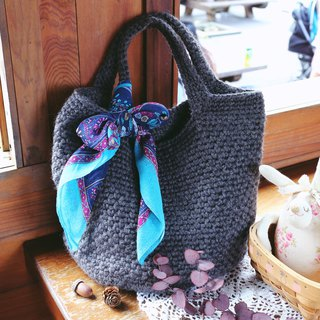Handmade - steady iron - wool knit tote bag