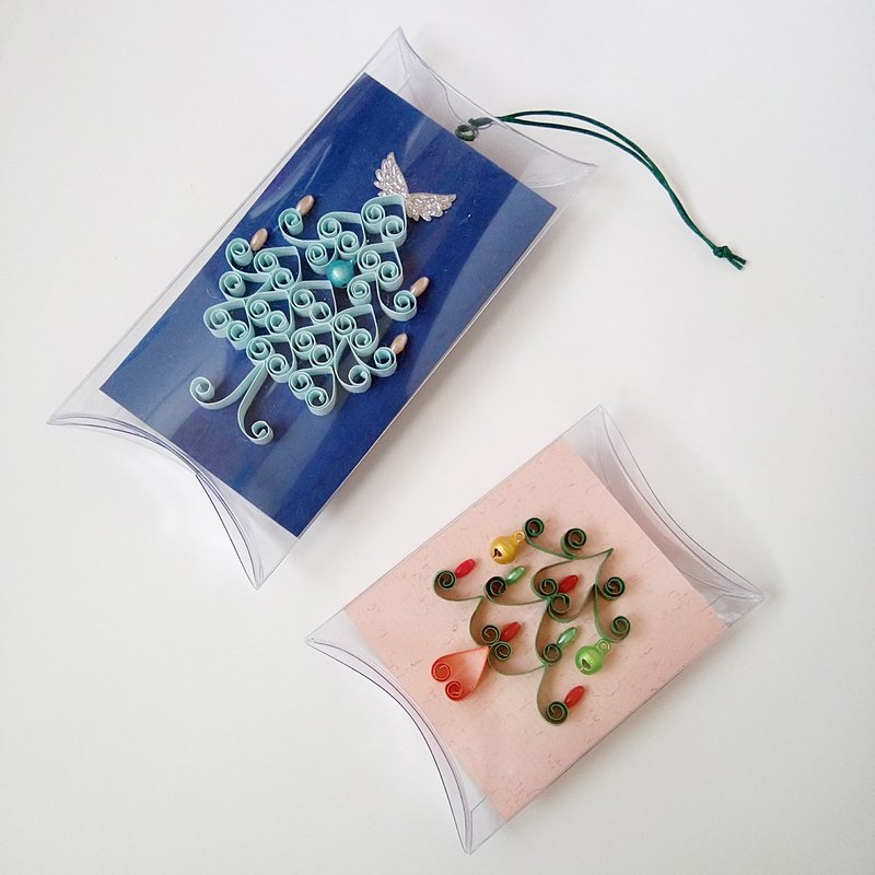 Handmade paper roll Christmas card strap two groups