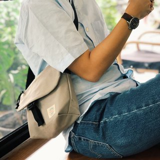 New Light Grey Basic Messenger Canvas Bag / everyday bag / travel /weekend