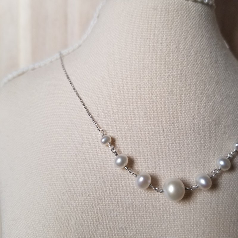 Bridal Dream:Necklace of Creamy White Freshwater Pearls with 925 Silver