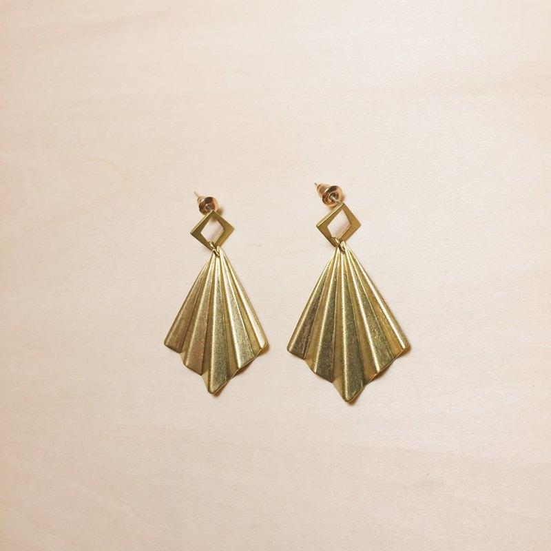 復古黃銅鏤空菱形摺紙耳環