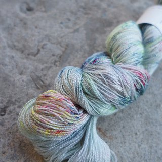 Hand-stitched lace thread. Dancing Blues (80 BFL / 20 Silk)