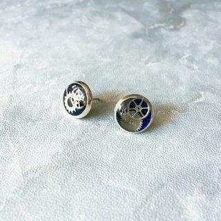 Frozen Time | Blue Rose Earrings