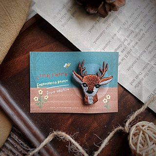Littdlework Small Animal Pin Badge | Mori Deer