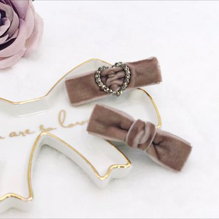 Mini Velvet Hair Clips Set (Light Purple)