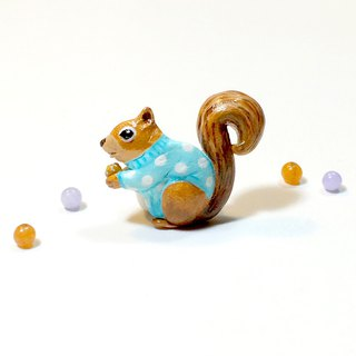 Squirrel wearing polka dot sweater Brooch, Squirrel Pin, Squirrel brooch