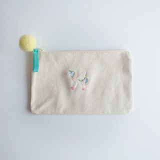 [Q-cute] cosmetic bag series - flying rainbow horse