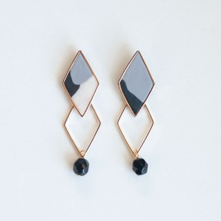1 point only / continuous frame earring / earring