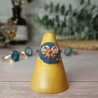 Embroidered cloth ring _ blue series _ bow