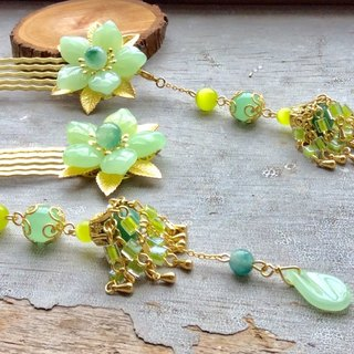 Handmade ~ Chinese style antique five petal hair comb (fruit green / gold / pair)