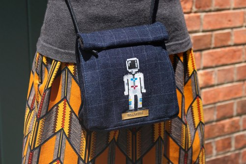 Crossbody Lunch Bag | Hand-painted | Astronaut