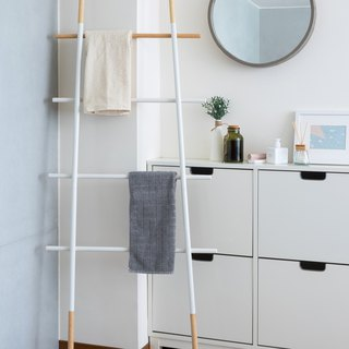 LIGFE Natural Ladder Rack