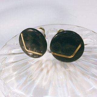 Deep Gray Gold V Retro Earrings L (Clip/pin type)