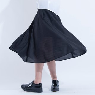 Aine ann / honeycomb tissue mesh dress skirt - black