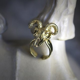 Goat Skull Ring,Skull Ring,Gold Skull Ring,Goat Ring,Animal Skull Ring,Anatomical Goat Ring,Charm Ring
