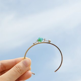 Limited edition— transparent earth bangle