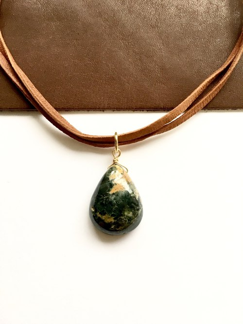Indian jasper necklace with deerskin