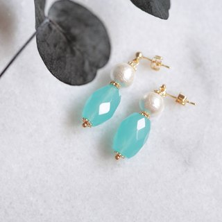 Blue chalcedony cotton pearl earrings │ can change the clip-style Christmas exchange gift