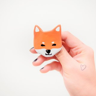 Pet Gamble Animal Series / Fox Dog い ぬ dog pin / brooch
