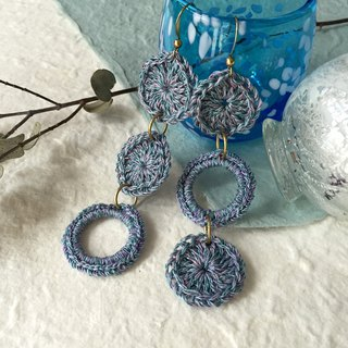 Crochet dangling circles earrings -Blue hydrangea