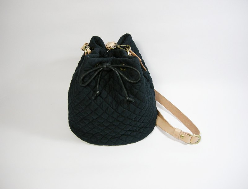 Bucket leather belt bundle bag __made as zuo zuo hand-made mouth gold bag Lei carved figure bucket bag