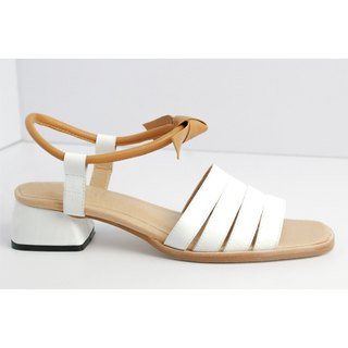 White three bar with short sandals